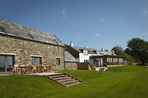 Christmas cottages: Tregullund barn, Cornwall
