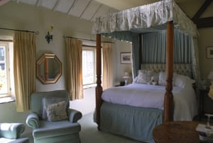 Christmas cottages: Bedroom at The Barn, Derbyshire