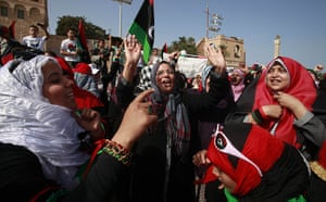 Libya celebrates: women after Friday prayers