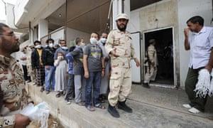 Libyans queue to view body of Gaddafi in Misrata
