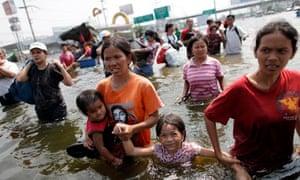 Bangkok flood evacuees