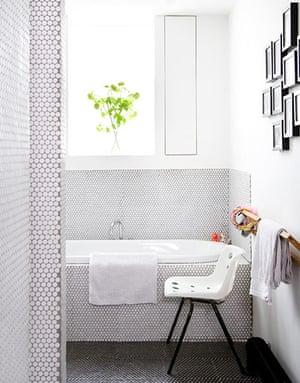 Modernist makeover: Modernist makeover: bathroom