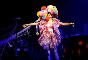 Bjork Fashion gallery: Bjork in concert at Hammersmith Apollo, London, Britain - 14 Apr 2008