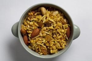 Diwali sweets: Chevda