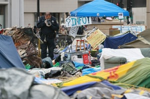 occupy oakland clashes: Occupy Oakland camp after protesters were evicted