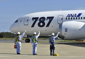 Dreamliner first flight: All Nippon Airways (ANA) ground crew see off the first commercial flight