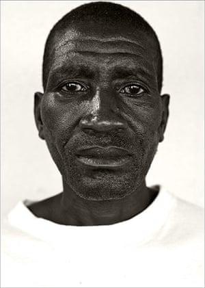 Giles Duley: Angola