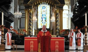 St Paul's Cathedral resumes normal service after week of rancour