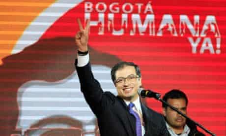 Bogotá mayor Gustavo Petro celebrates win