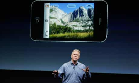 iPhone 4S during an announcement at Apple headquarter