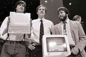 steve jobs dies: 24 April 1984: Steve Jobs, John Sculley and Steve Wozniak