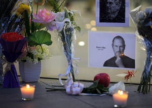 Steve Jobs tributes: Shanghai, China: Flowers and candles in memory of Steve Jobs