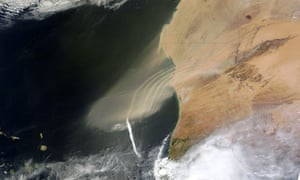 Satellite Eye on Earth: Dust plumes blew off the west coast of Africa and over the Atlantic Ocean