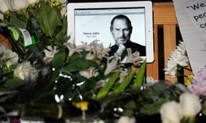Americans Mourn Passing Of Steve Jobs