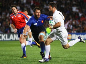England v France: Ben Foden scores a try for England
