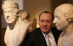 Seven Days on Stage: Kevin Spacey with sculptures