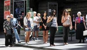 Armistice day: People come to a halt to observe a minute's silence in Melbourne