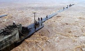 Flooded Mahanadi river in Orissa, India