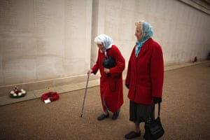 Armistice day update: Women pay their respects at the National Memorial Arboretum in Alrewas