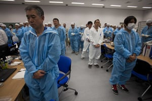 Inside Fukushima: Workers listen to Minister of Environment