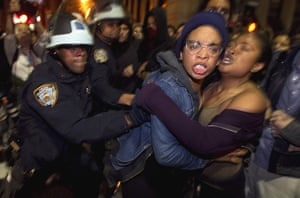 occupy wall street: Occupy Wall St activists clash with New York Police