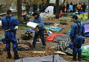 Occupy protest evictions: Zurich, Switzerland: Police clear Lindenhof square