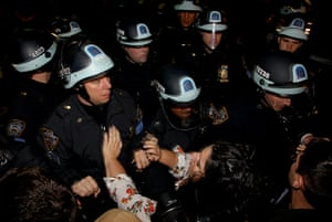 Occupy Wall St eviction: Demonstrators clash with police