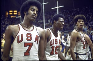 basketball4: A stunned US basketball team after they