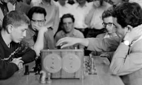 Tigran Petrosian (right) plays Bobby Fischer