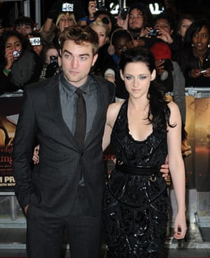 Twilight London premiere: THE TWILIGHT SAGA - BREAKING DAWN - PART 1 FILM PREMIERE