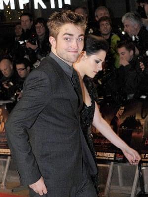Twilight London premiere: The Twilight Saga: Breaking Dawn Part 1 - UK Premiere - Inside Arrivals