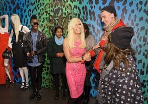 Versace for H&M: Fans meeting Donatella Versace