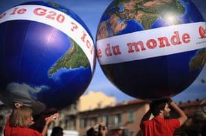 Anti G20: anti-globalization demonstration in Nice