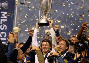 Beckham MLS: Beckham hoists the championship trophy for LA Galaxy MLS