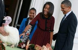 Turkey pardoning: 2011: Obama pardons the Thanksgiving turkey