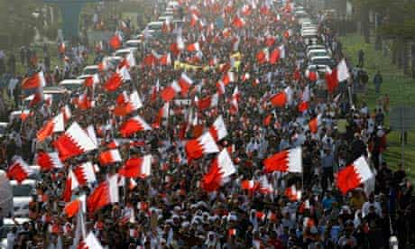 Bahrainis marching towards Pearl Square in an anti-government demonstration in February