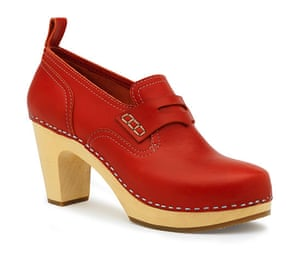 Christmas gifts: Killing: Swedish Hasbeens red shoes