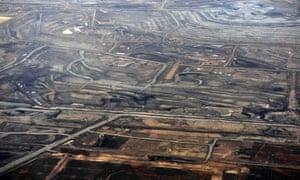 The Syncrude tar sands mine