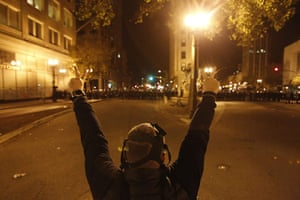 Oakland protests: peace sign