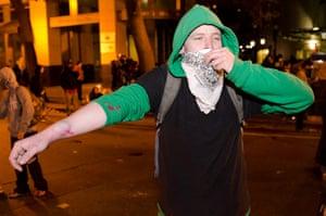 Oakland protests: protester's welt