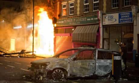 A shop burns in Tottenham