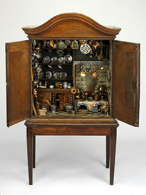 Free Museum entry: Dolls Cabinet