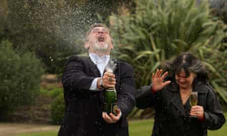 £19m lottery winner celebrates with his wife