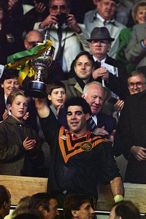 Great Britain v Australia: Mal Meninga holds the Rugby League World Cup aloft
