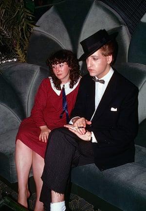 Chris Steel-Perkins: Night club, England, 1989