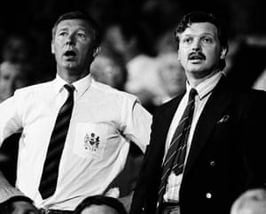 Fergie's 25 years: Manchester United manager Alex Ferguson with chairman Michael Knighton