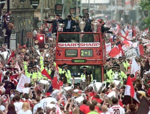 Fergie's 25 years: Huge crowds cheer as treble winners Manchester United parade their trophies