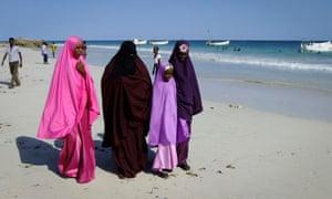 Somalians on the beach in Mogadishu