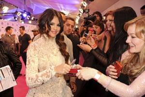 MTV awards: Selena Gomez
