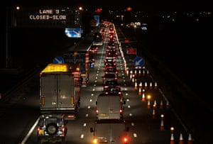 M5 accident: Multiple Fatalities Feared In M5 27-Vehicle Pile-Up
